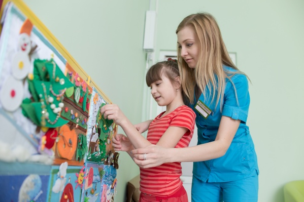 Команда высококлассных специалистов ждет маленьких пациентов, чтобы сделать ребят значительно здоровее