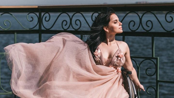 Девушка из Ярославля выступила в финале конкурса красоты для колясочников