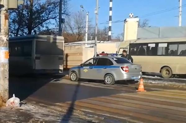 Авария с участием общественного транспорта произошла на 20-й Линии
