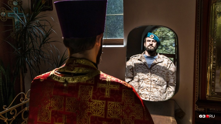 «Сейчас я воюю за души людей»: история священника-десантника из Самары
