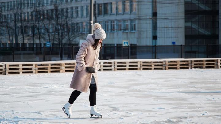 «Не хватает сил — просите помощи»: план по заливке катков в Челябинске оказался на грани срыва