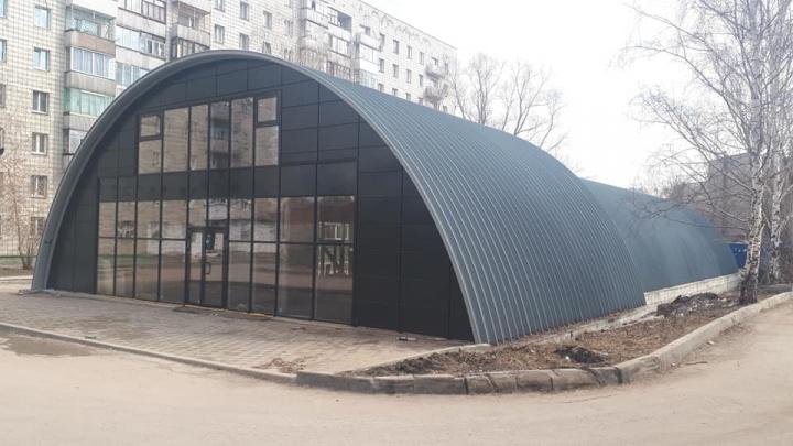 В Ленинском районе появилась крытая автостоянка, в которой нельзя поставить машину