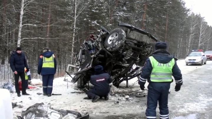 «Может скрыться»: арестован водитель фуры, устроивший на Урале ДТП с пятью погибшими