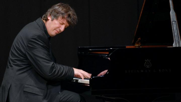 Знаменитый пианист Борис Березовский решил стать актёром в театре у Николая Коляды