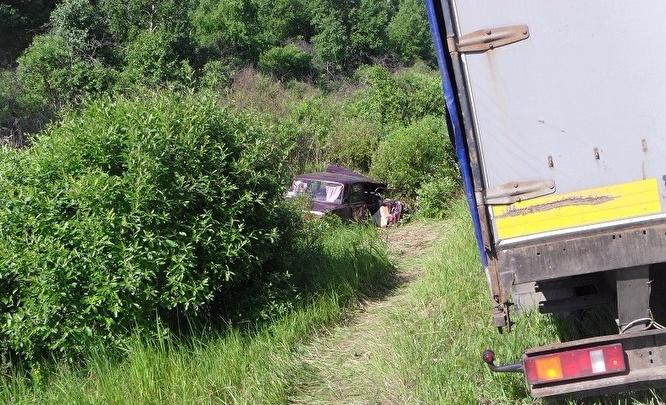 Семью из пяти человек госпитализировали после аварии на трассе «Иртыш»