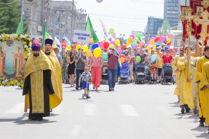 Крестный ход отправится в 13:00 отАлександро-Невского собора