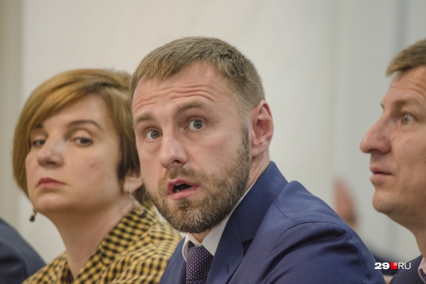 Замдиректора ООО «Технопарк» Олег Панкратов презентовал проект. Он сегодня в каком-то смысле был звездой заседания<br>