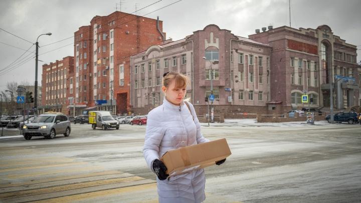 Министр здравоохранения Челябинской области рассказал, стоит ли опасаться посылок из Китая