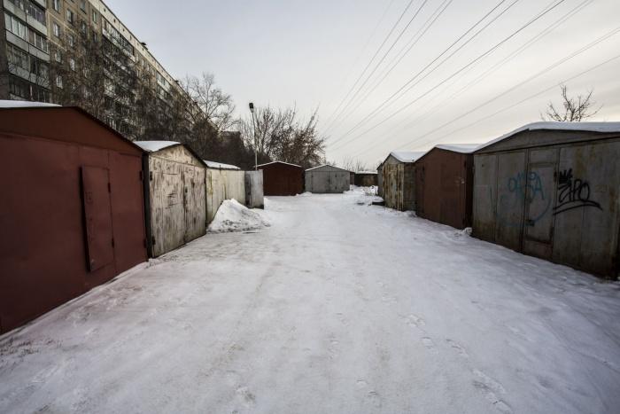 Владельцы гаражей на улице Зорге должны сами снести их к 11 декабря, либо это сделают власти