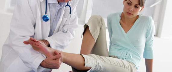 Избавление от варикоза без наркоза: врачи возвращают красоту ног за одну операцию