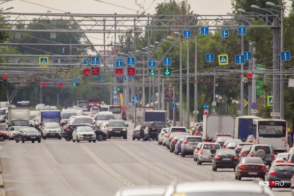Московское шоссе станет зеленее