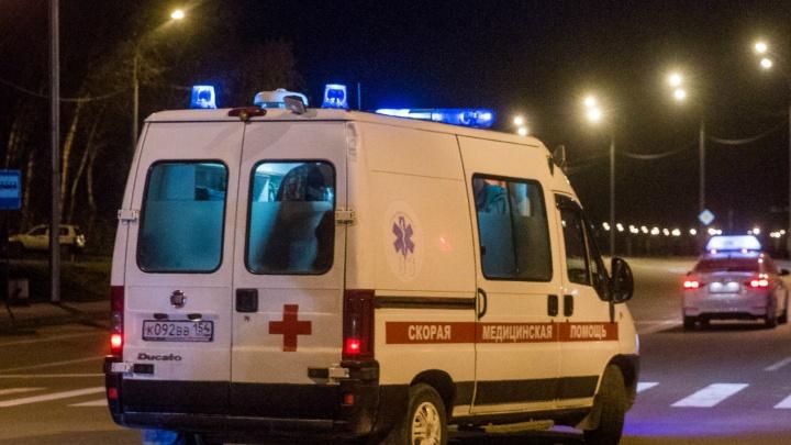 Мотоциклист умер в больнице после аварии на Бердском шоссе