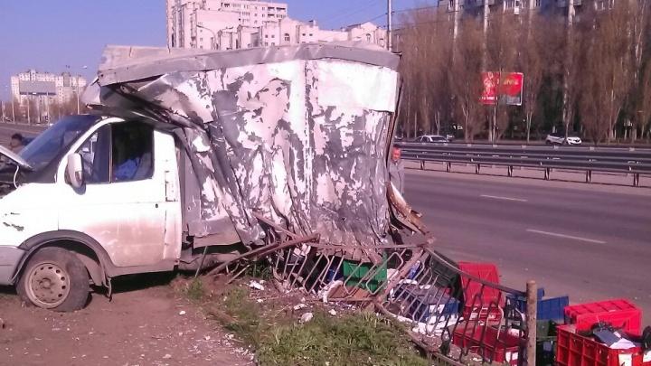 «У него диабет»: в Волгограде убегавшему от погони водителю фуры стало плохо в отделе полиции