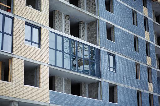 При выборе квартиры в новостройке важно обращать внимание на все детали проекта