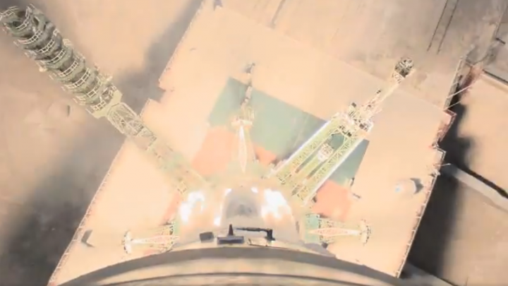 «Росмокосмос» опубликовал уникальное видео с бортовой камеры ракеты-носителя «Союз»
