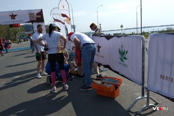 Евгений Соболев рухнул после пересечения финиша