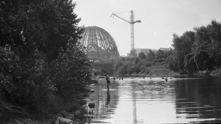 Екатеринбург чёрно-белый: изучаем центр города по фотографиям полувековой давности. Часть 2
