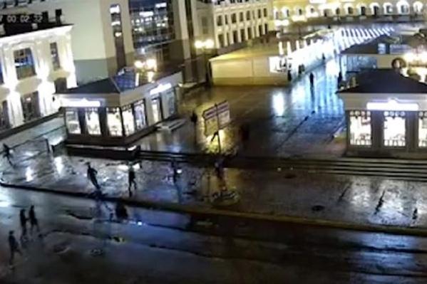 Полицейским удалось поймать драчунов