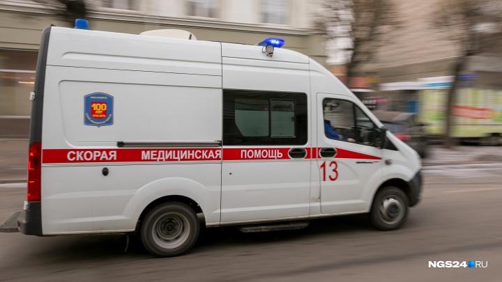 Семилетний мальчик выпал из окна у неблагополучной мамы на Воронова