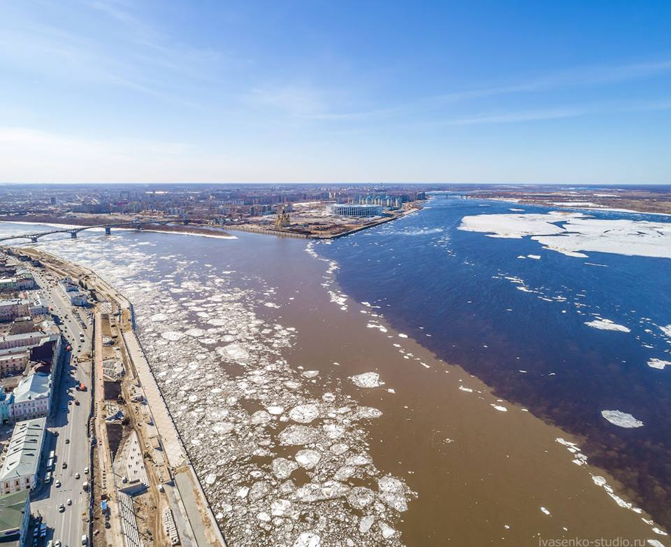 Стрелка в Нижнем Новгороде —Ока вливается в Волгу