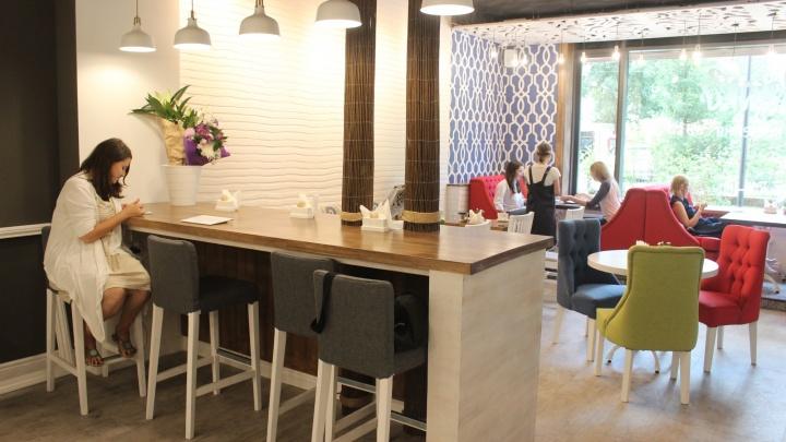 В элитном доме в тихом центре открылась кофейня с двойным меню