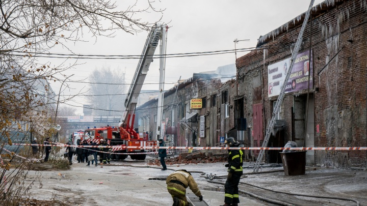 Склады на Королёва тушат уже 18 часов: смотрим, что осталось после пожара, где погибла женщина