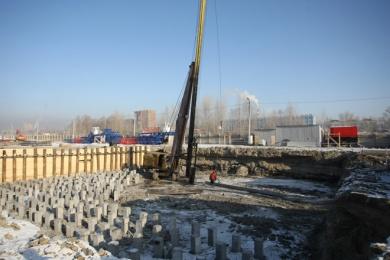 Под три 17-этажных дома уже выкопаны котлованы