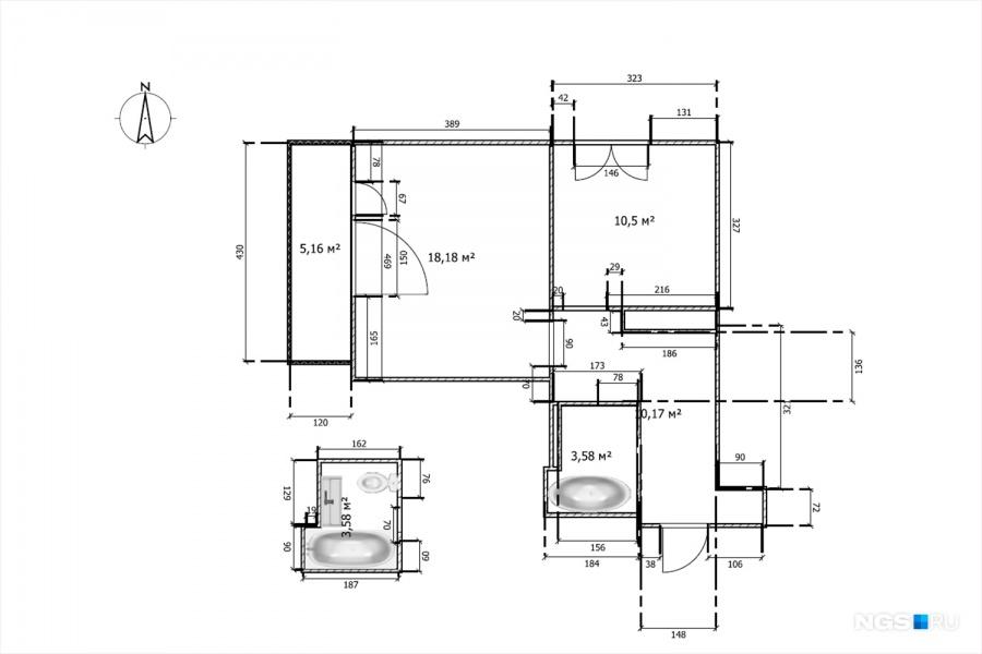 Общая площадь квартиры — 42 кв. м. Кроме 10-метрового коридора здесь есть спальня размером 10,5 кв. м, которая по задумке строителей была кухней. В глубокой нише в коридоре разместилась гардеробная. Самую большую комнату в доме (18,18 кв. м) отдали дочкам Глаше и Клаше (Глафире и Клавдии).