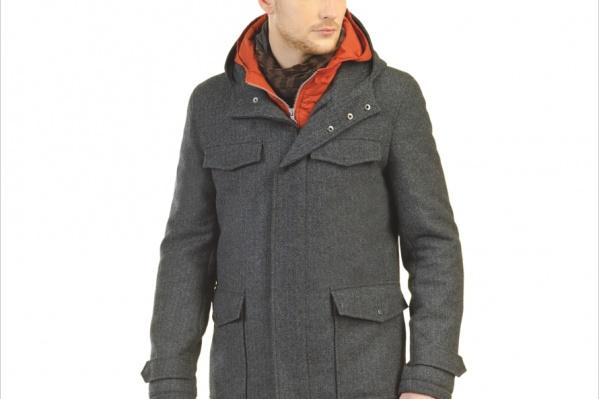 Молодежное пальто в спортивном стиле. Яркий жилет можно носить отдельно. <b>8990руб.</b>