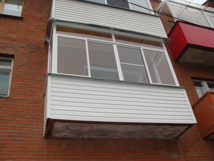 Успейте остеклить лоджии или балкон по старым ценам - нгс.но.