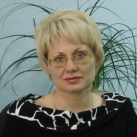 Елена Агеева, руководитель отдела продаж Центрального Агентства Недвижимости на Красном проспекте, 51