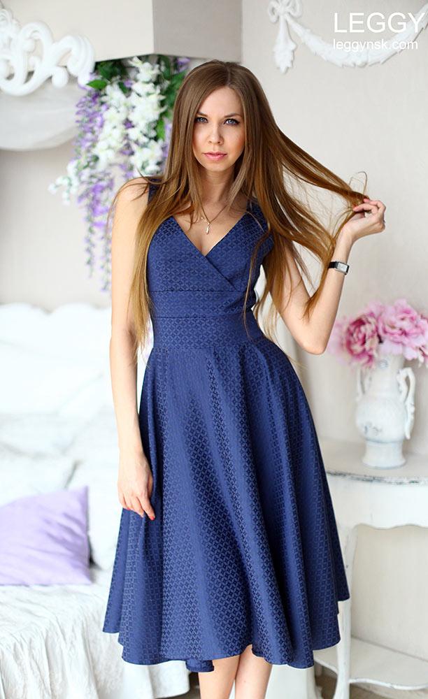 Хлопковое платье до колен