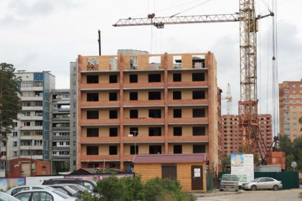 Жилой дом на Сиреневой, 31: август 2011 г.