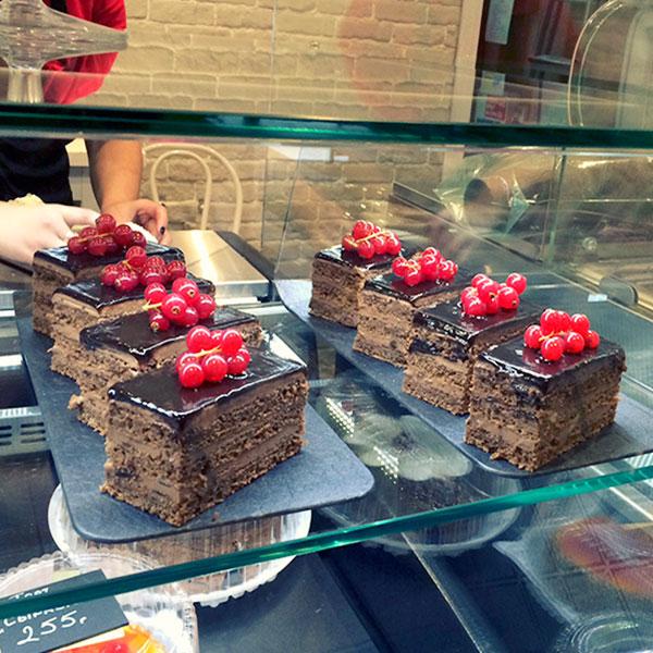 бизнес продажа тортов пирожных кофе также