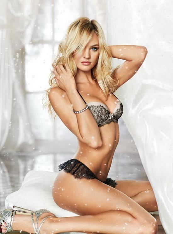 Сайт скрытая женское нижнее белье чулки колготки реклама фото видео моделями сексуальными попками
