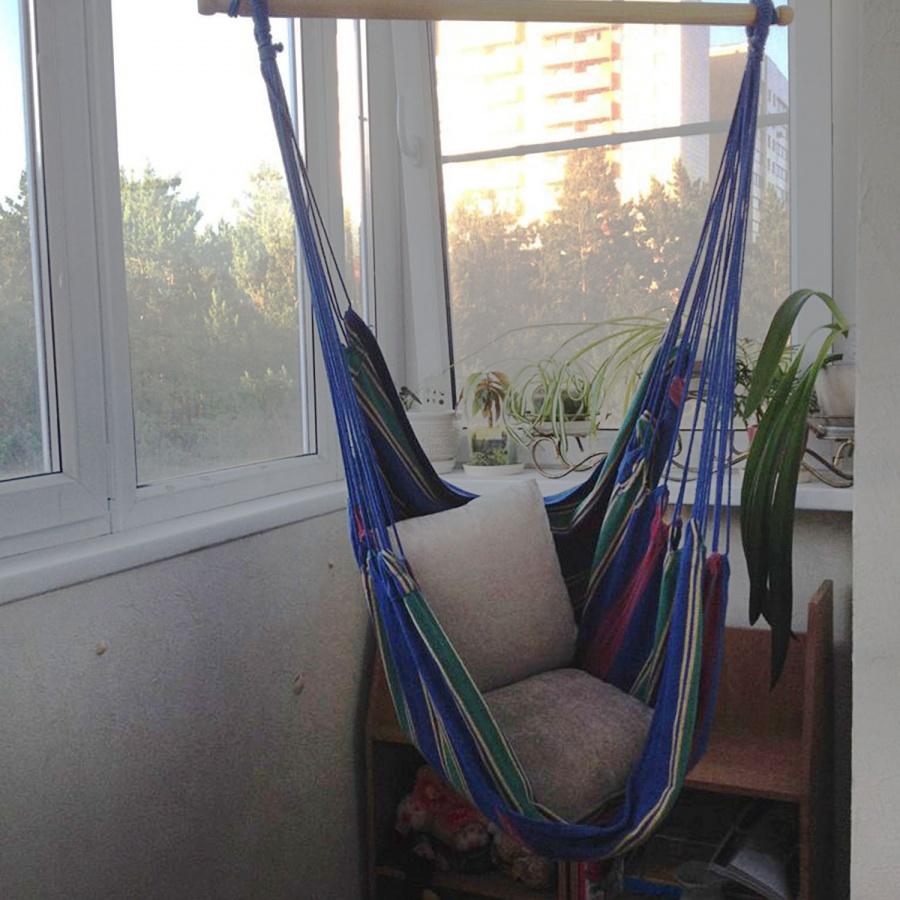 «Этот балкон — дочери, ее укромное местечко, и ее запрос — гамак. Что еще подростку нужно — уединиться», — продолжает рассказ Марина Митяшина.