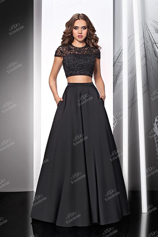 Платье с двойной юбкой в пол