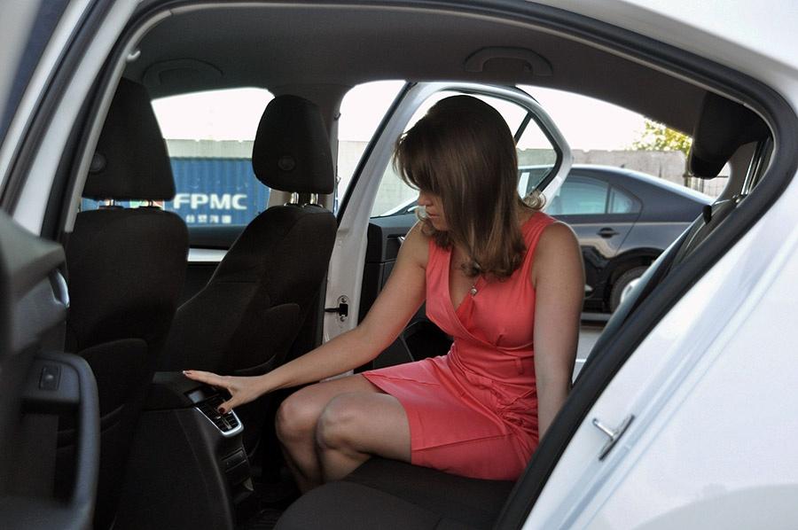 Фото секса с женой в авто — pic 12