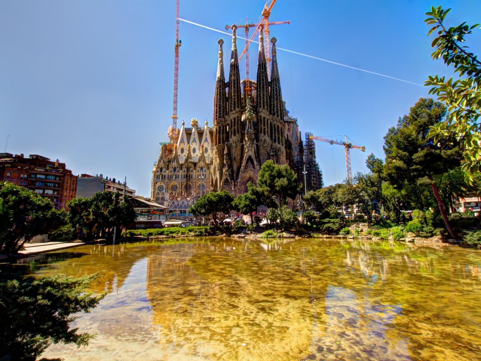 барселона город в испании достопримечательности фото с описанием
